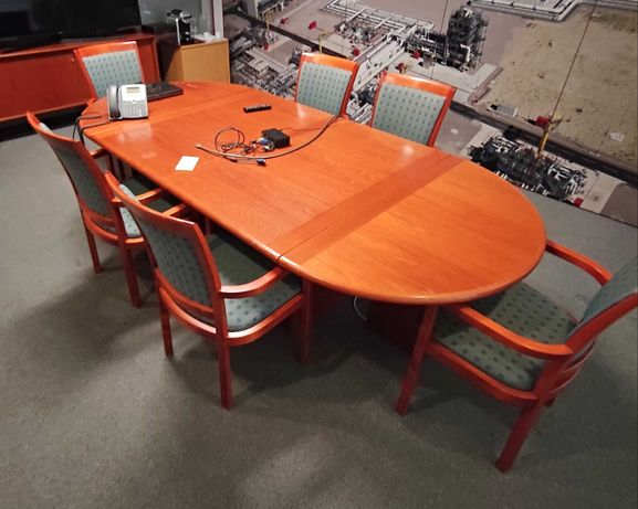 Mesa de Reuniões em Madeira com 7 Cadeiras - 260x120x72 - JOC Mobler