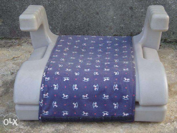 Cadeira de criança Chicco para automóvel e cadeira de mesa sobrinca