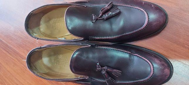 Sapatos em pele tam:46