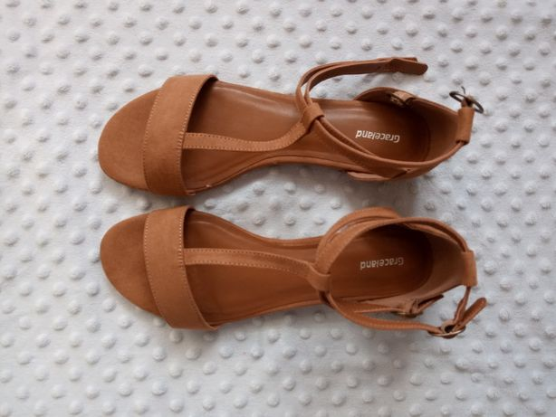 Nowe sandałki sandały 41