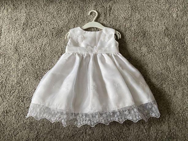 Sukienka dziewczęca biała z motylkami i koronką do Chrztu Świętego
