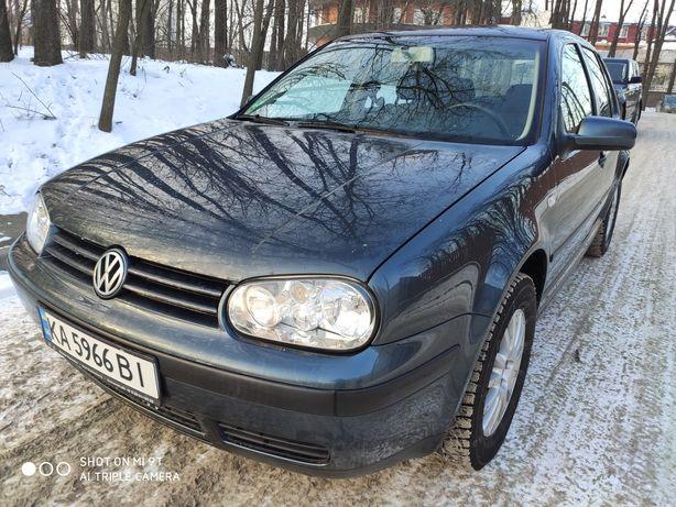 Volkswagen Golf 4,2003Год,134000км родной пробег