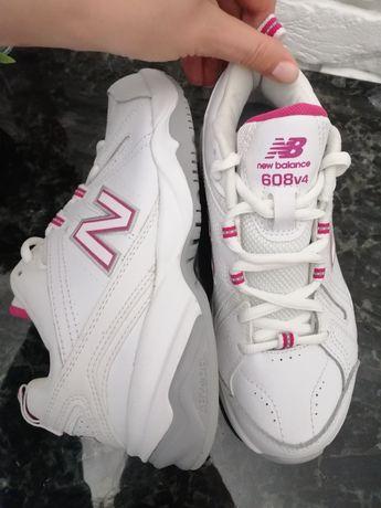 Кросівки оригінальні New Balans з США фірми. 37 розмір.