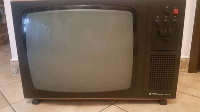 Stary sprawny telewizor