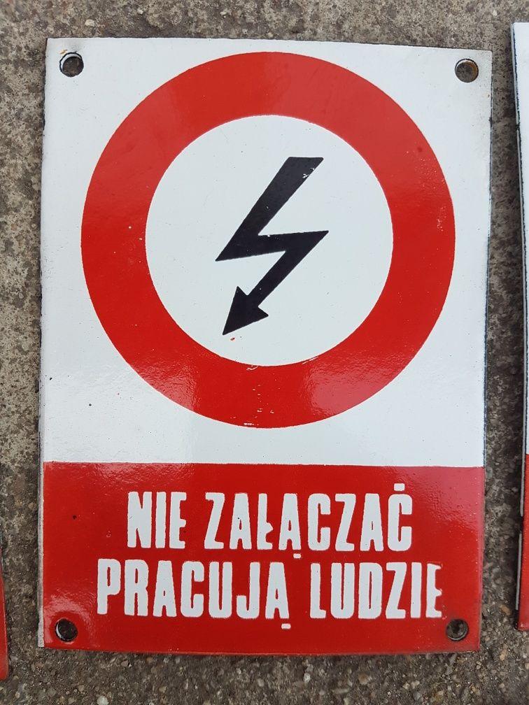Tablica metalowa emaliowana PRL Nie załączać pracują ludzie