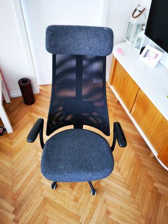 Krzesło obrotowe biurowe IKEA JÄRVFJÄLLET JARVFJALLET z podłokietnikam