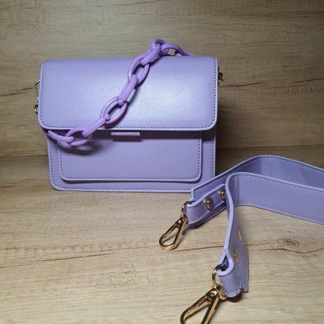 Стильная сумка в модном цвете