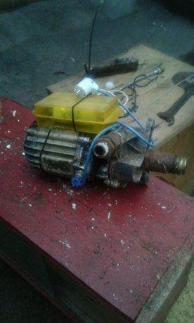 Мотор с насосом,для скважин ,для полива.