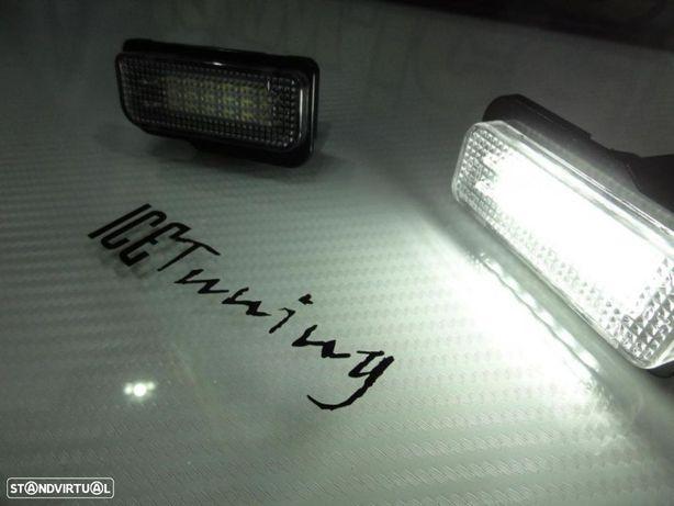 Suporte De Lampada De Matricula Com Led Branco Para Mercedes Classe C W203, Classe E W211