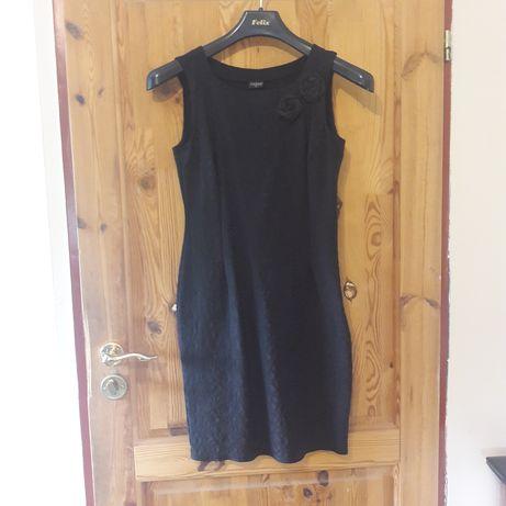 Sukienka czarna 40/42