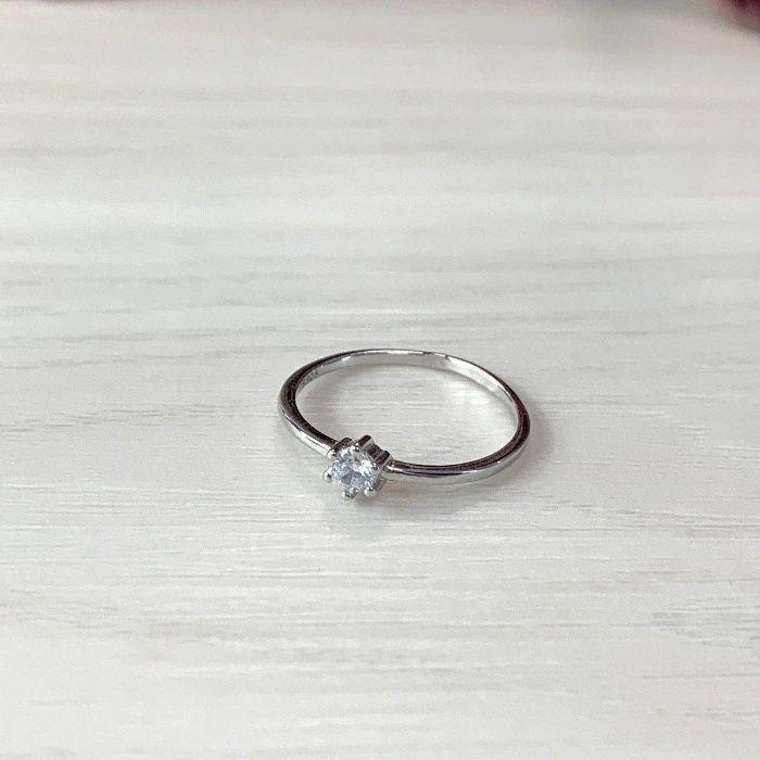 Серебряное кольцо с фианитами Одесса - изображение 1