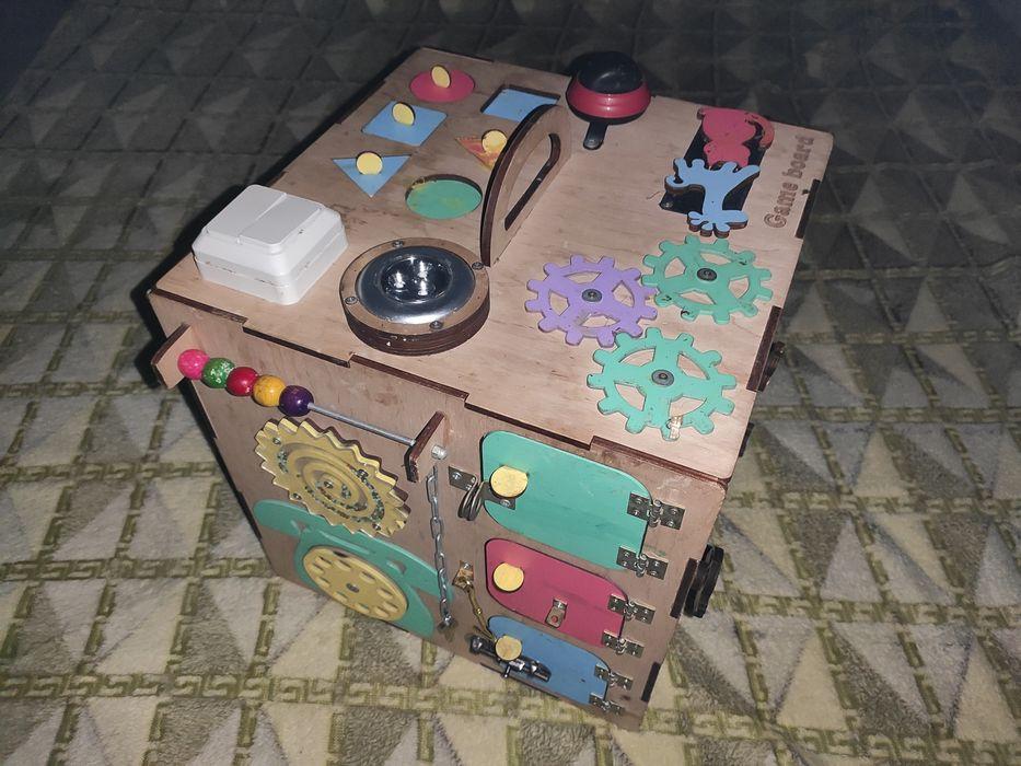 БизиКуб 35х35х35 см. Game Board БізіКуб 35х35х35 Киев - изображение 1