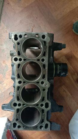 Блок двигателя Kia Rio 1,5 K30E
