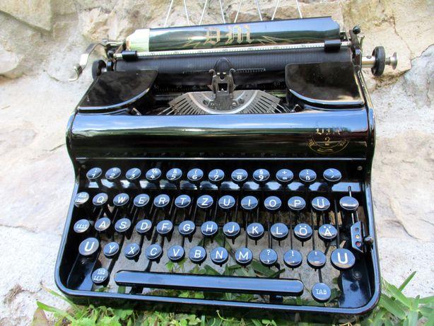 Maquina antiga de escrever Preta