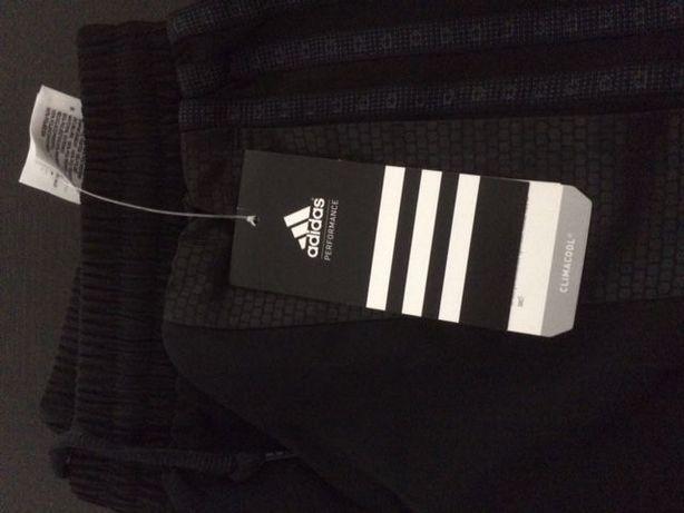 Calças treino Adidas - novas