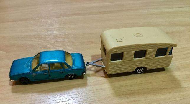 Majorettes antigos VW K70 e caravana Digue
