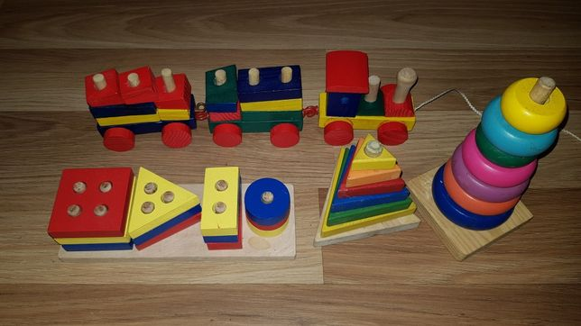 Деревянные игрушки  пирамидки