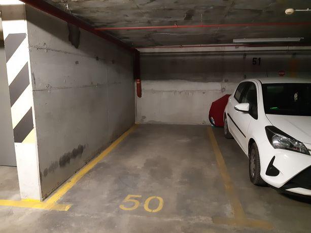 Wynajmę garaż podziemny - miejsce parkingowe w Centrum