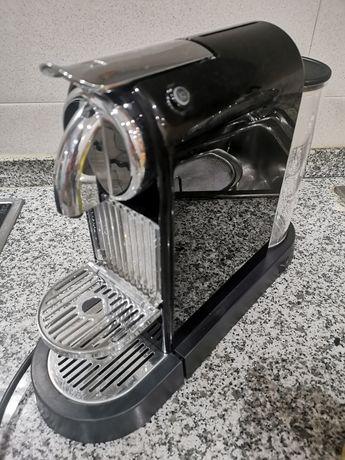 Máquina nespresso para peças