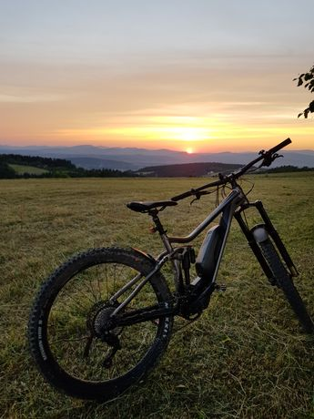 Wypożyczalnia rowerów elektrycznych mobilna wypożyczalnia ebike merida