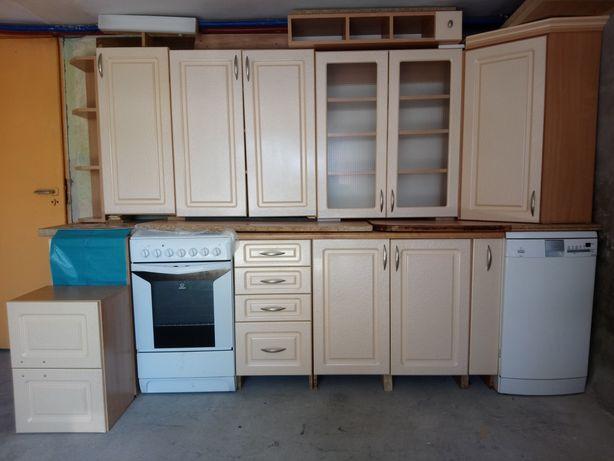 Zestaw kuchenny plus AGD