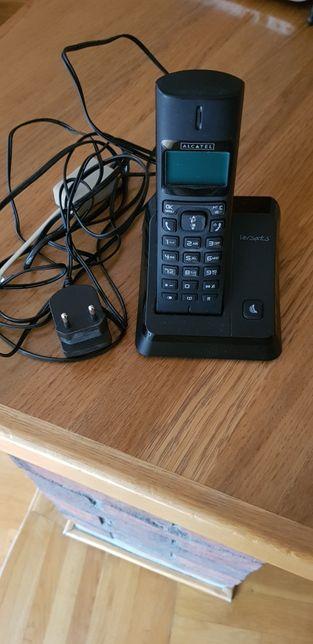 Sprzedam aparat telefoniczny bezprzewodowy Alcatel Versatis