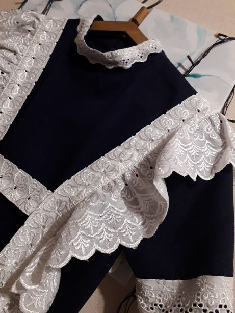 Платье и фартук на первый последний звонок