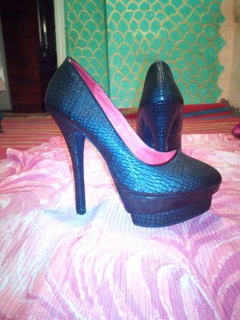 Качественная обувь для модниц)))