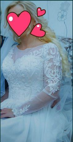 Сукня весільна)))
