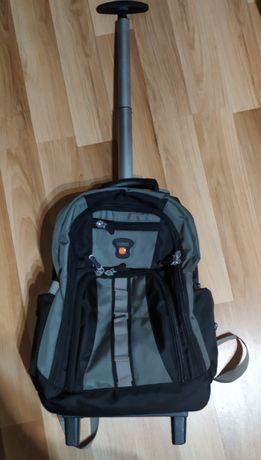 Plecak szkolny na kółkach Laurent. Model HL810
