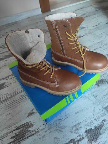 Buty zimowe chłopięce NOWE rozmiar 32