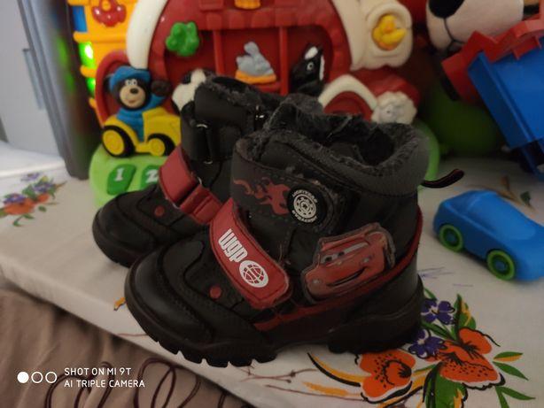 Зимние ботинки,дутики