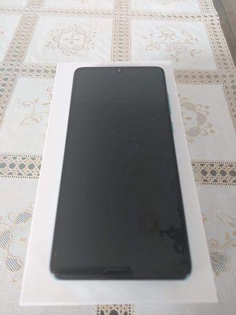 Sprzedam telefon Huawei P30
