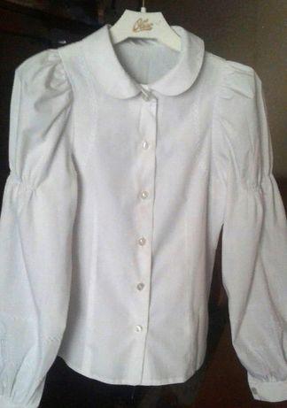 Рубашки белые для девочки 1-5 класс - 300руб.