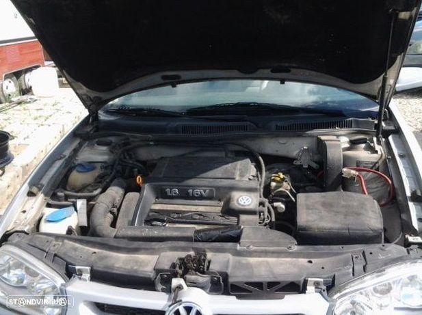 Motor Volkswagen Golf IV Bora 1.6 16v ATN AUS AZD BCB Caixa de Velocidades Automatica + Motor de Arranque  + Alternador + compressor Arcondicionado + Bomba Direção