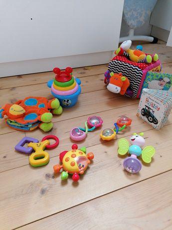 Zestaw zabawek, grzechotki, edukacyjne dla bobasa