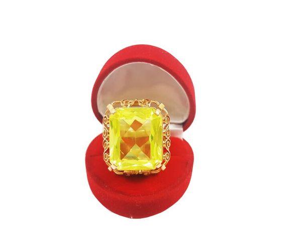 Złoty Pierścionek z dużym kamieniem P. 585 19,14 GR