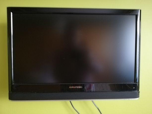TV + DVD Grundig 22