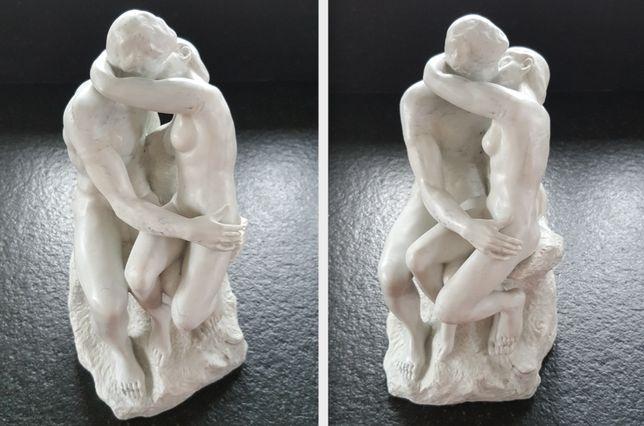 Rzeźba Pocałunek w marmurze Prezent duża 26 cm