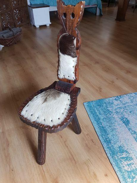 Stare kolekcjonerskie krzesełko ze skóry