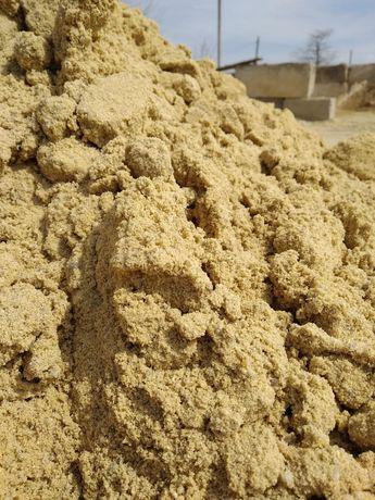 Песок сеяный, чернозем,щебень,отсев.Доставка.