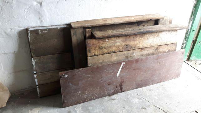 Drewno na opał z desek sosnowych