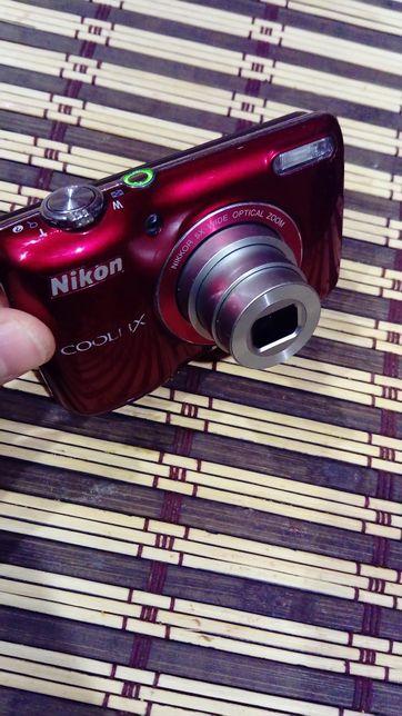 Продам фотоаппарат Nikon coolpix L26