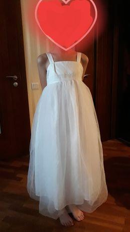 Шикарное фатиновое белоснежное платье