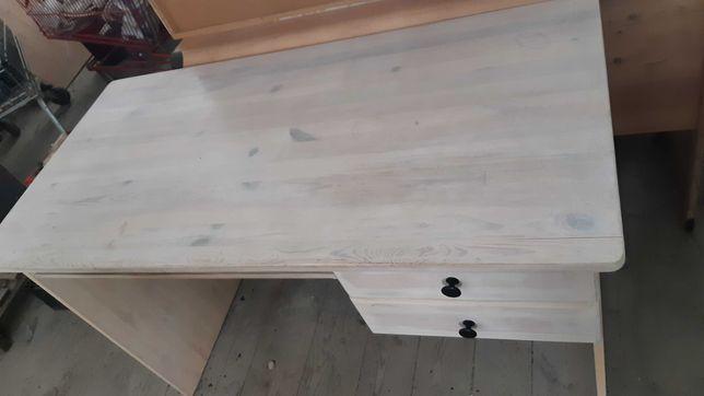 biurko sosnowe bejcowane na biało