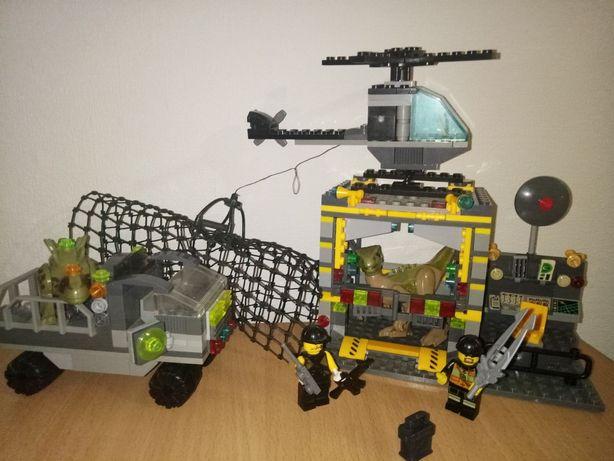 lego, конструктор лего, набор с динозаврами,база, машинка,человечки,ве