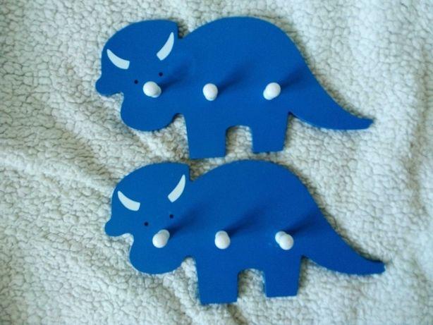 Wieszak w kształcie nosorożca