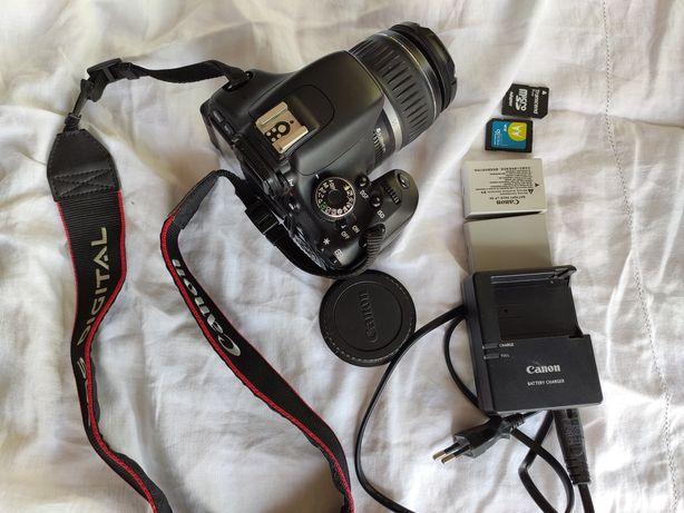 Цифровой фотоаппарат Canon EOS 600D Kit