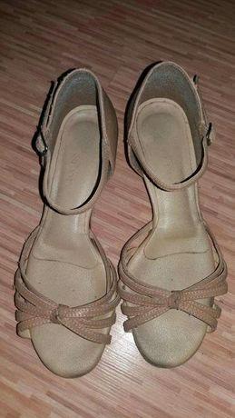 Buty do tańca towarzyskiego - łacina