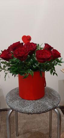 flowerbox - pudełko z kwiatami -prezent na różne okazje